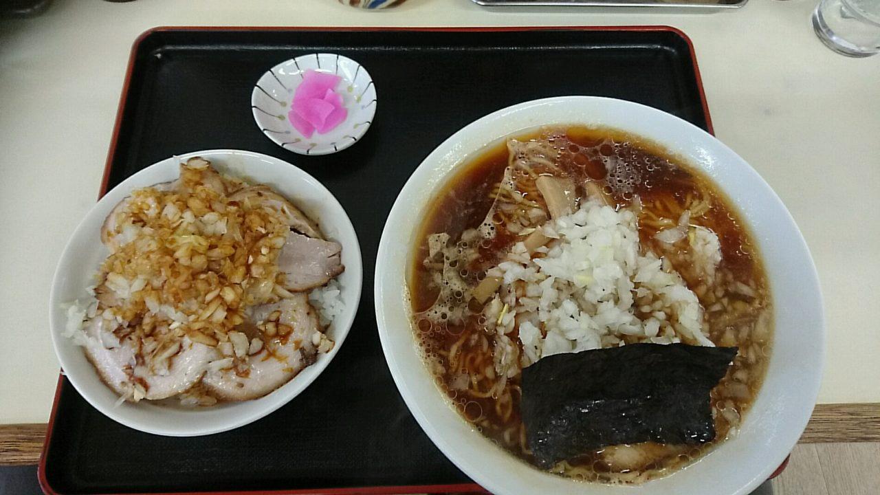 チャーシュー麺とチャーシュー丼のセット